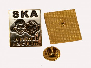 SKA AGAINST RACISM METALPIN