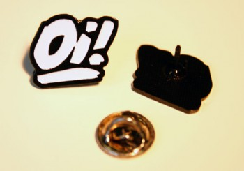 OI! PIN (white)