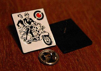 SCOOTER LOVE AFFAIR PIN