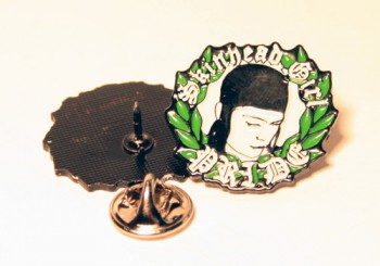 SKINHEAD GIRL PRIDE PIN