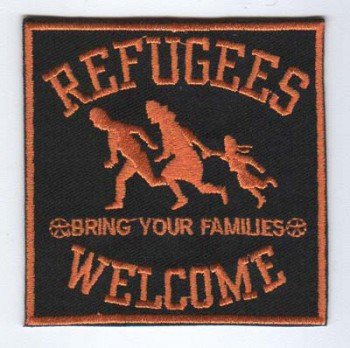 REFUGEES WELCOME ORANGE PATCH