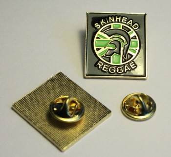 SKINHEAD REGGAE JAMAICA PIN