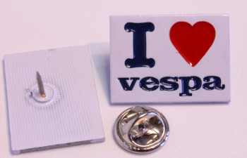 I LOVE VESPA PIN