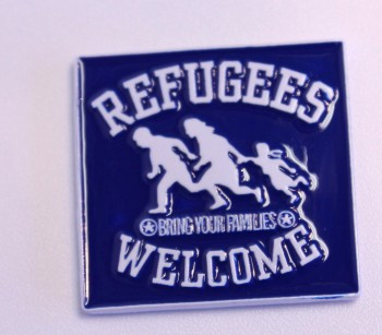 REFUGEES WELCOME BLAU MAGNET