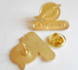 HOFFMANN LOGO GOLD PIN