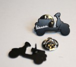 VESPA SCOOTER SHAPE PIN BLACK